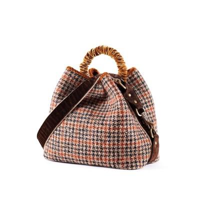 VIA MAIL BAG - BUCKET BAG